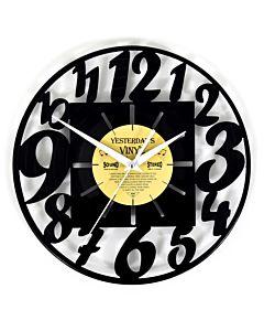 Lp klok met moderne cijfers